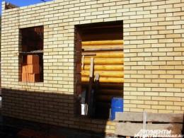Казанские блогеры приняли участие в строительстве дома для погорельцев
