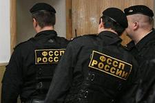 Казанские приставы провели «зачистку» дома, нуждающегося в реконструкции