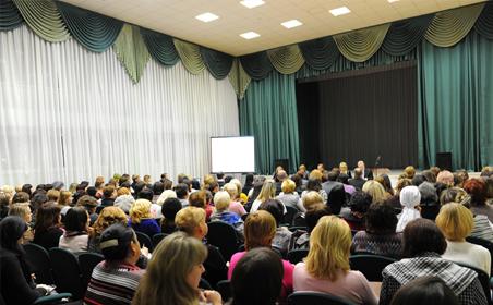 Мэром Нижнекамска проведено собрание с представителями родительских комитетов