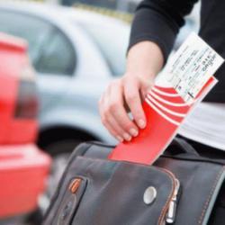 Таксисты бастуют, авиабилеты дешевеют