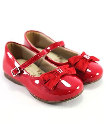 Детские лакированные туфли с огромной скидкой