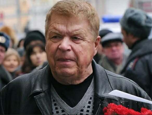Бывшая жена рассказывает о приданном Михаила Кокшенова: «Никого в обиде Миша не оставил»