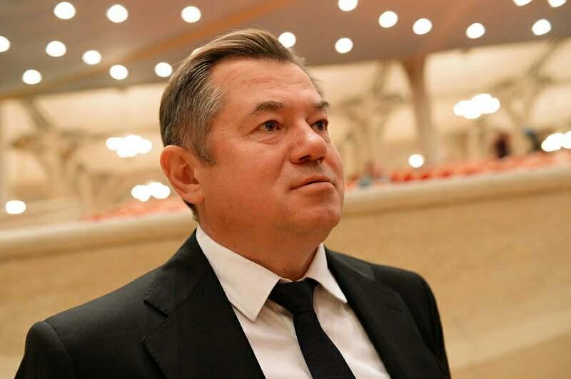 Сергей Глазьев рассказал о причинах продолжающейся девальвации рубля